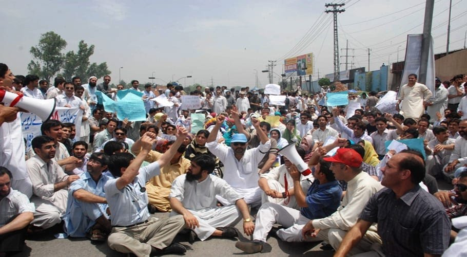 Doctors to protest in Balochistan today over no safety kits
